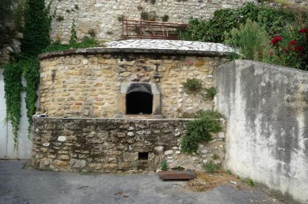 batiments-et-edifices-d-allex-publique-vieux-four-banal-2.jpg