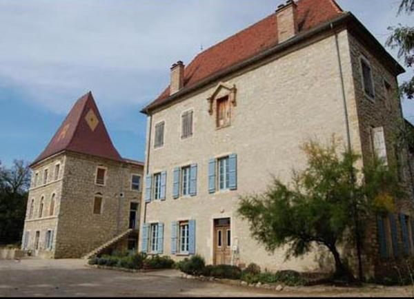chateaux-et-domaines-d-allex-chateau-de-pergaud-3.jpg